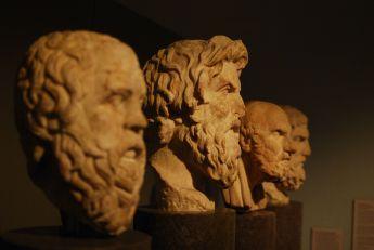 A 17 de Abril de 485 faleceu Proclo, filósofo grego (n. 412).