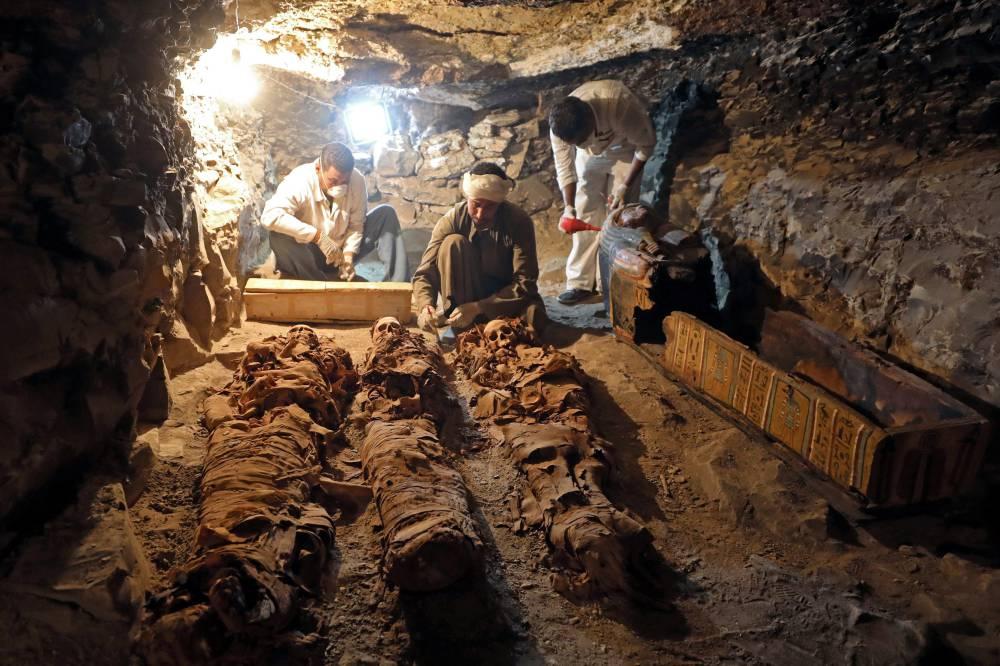 Arqueólogos egípcios encontram túmulo do rei Amenemhat
