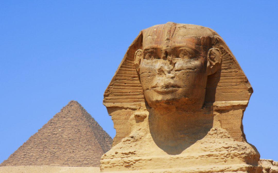 Porta misteriosa é encontrada dentro da Grande Esfinge de Gizé